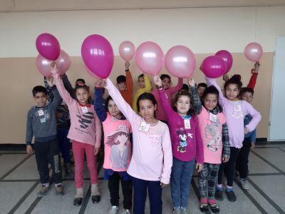 Ден на розовата фланелка 2019 - ОУ Доктор Петър Берон - Ямбол